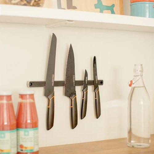 Магнит для ножей на стену Functional Form, 33 см
